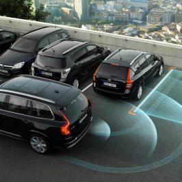 Quelle est la fiabilité d'une voiture qui se gare automatiquement ?